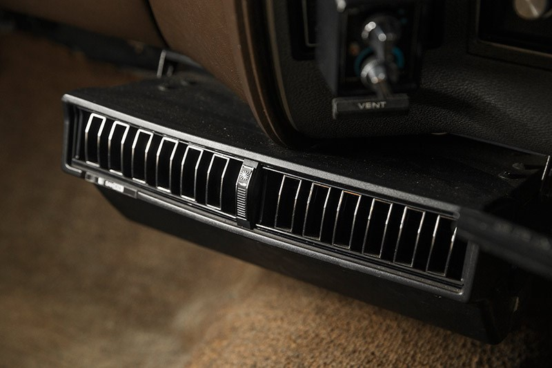 Ford Falcon XB Fairmont interior vents