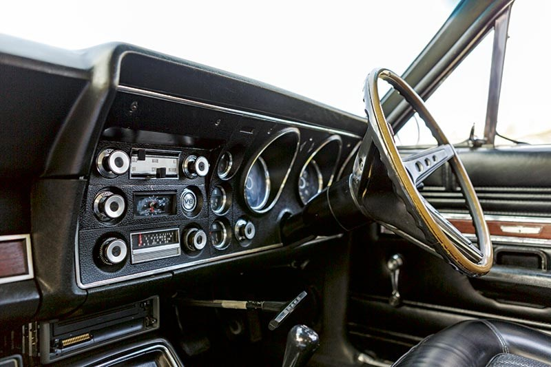 Ford Falcon XW dash