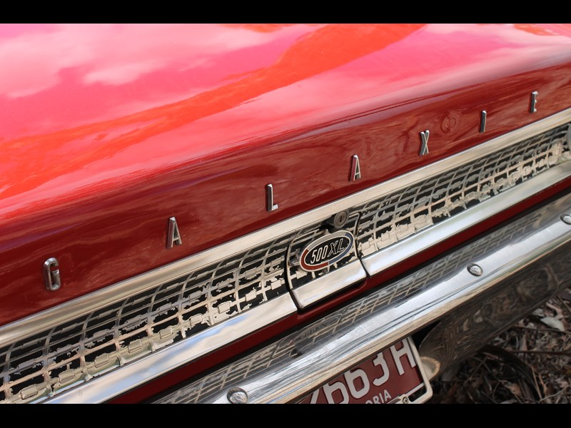 Ford Galaxie badge