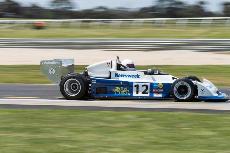 Historic Sandown 957