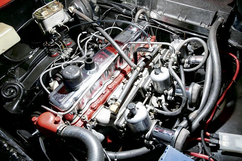 Holden GTR engine