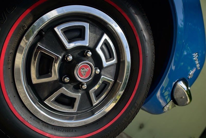 Holden HK Monaro 186 wheel