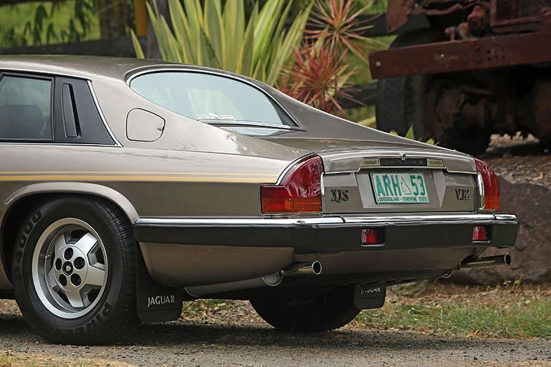 Jaguar XJS rear quarter 2