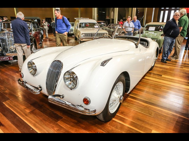 1949 Jaguar XK120 convertible Sold: $635,000