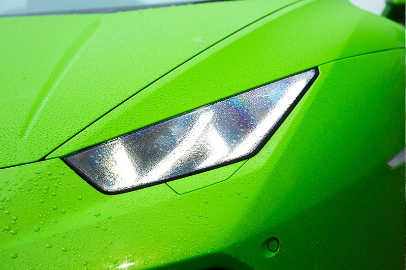 Lamborghini Huracan headlight