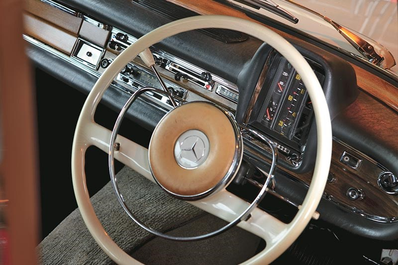 Mercedes Benz tailfin interior dash
