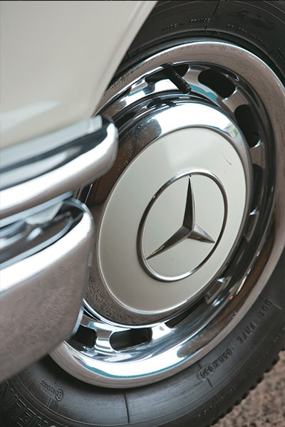 Mercedes Benz tailfin wheel