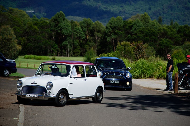 Minis in the Gong 1