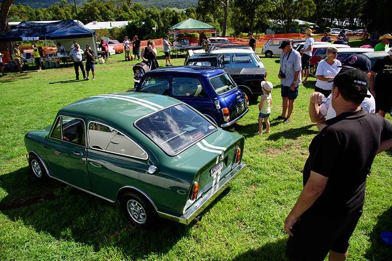 Minis in the Gong 24