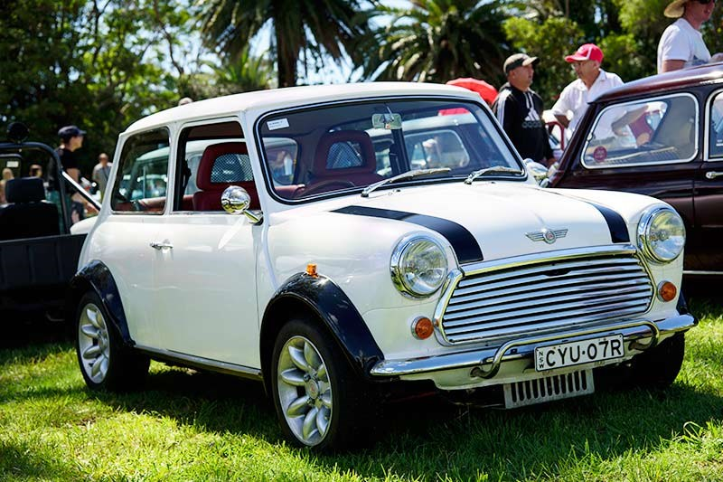 Minis in the Gong 57