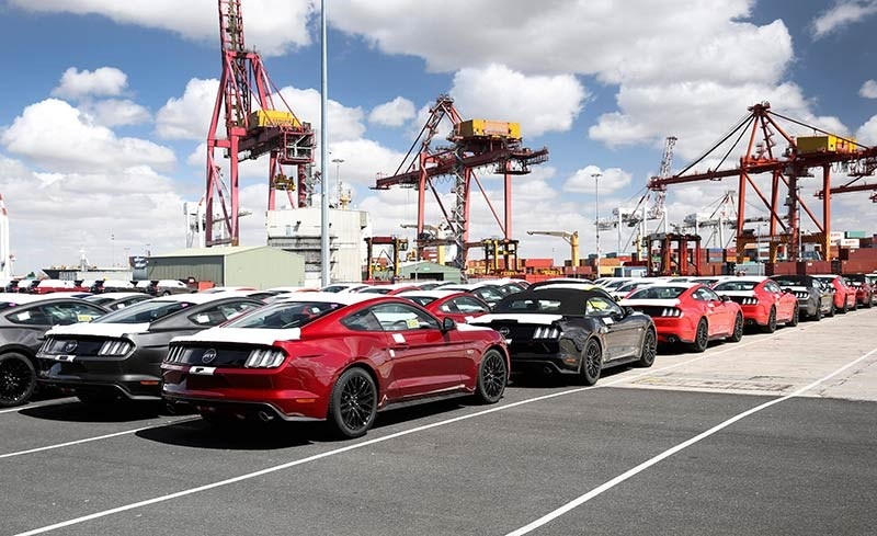 First RHD Mustangs arrive in Oz