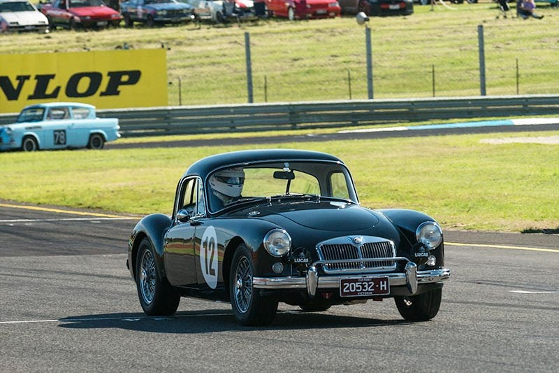 Sandown Historic 111