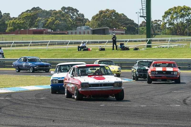 Sandown Historic 323