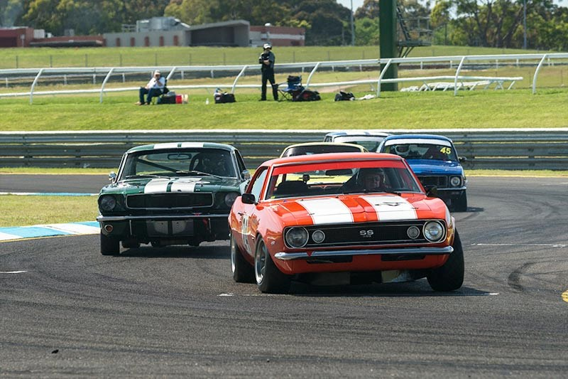Sandown Historic 325