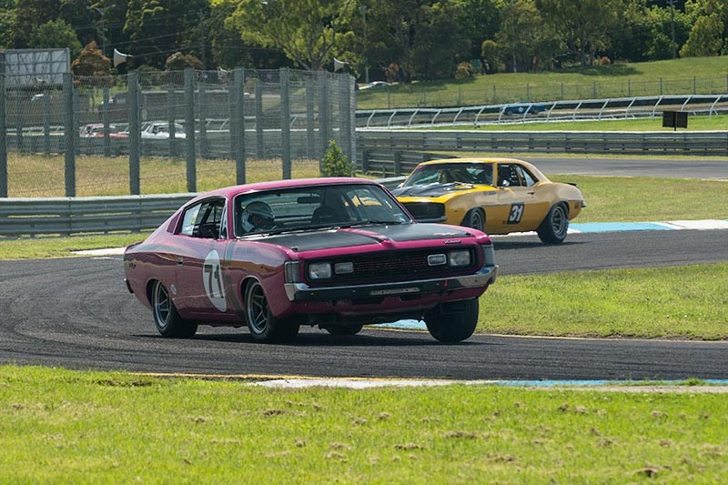 Sandown Historic 343