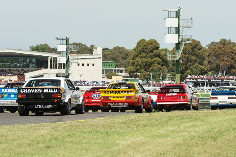 Sandown Historic 548