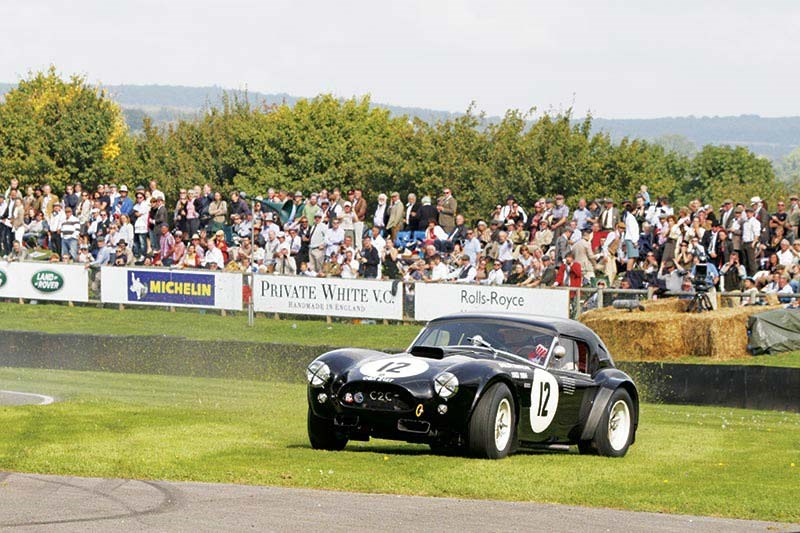 Ludovic Caron in the 1964 AC Cobra 289