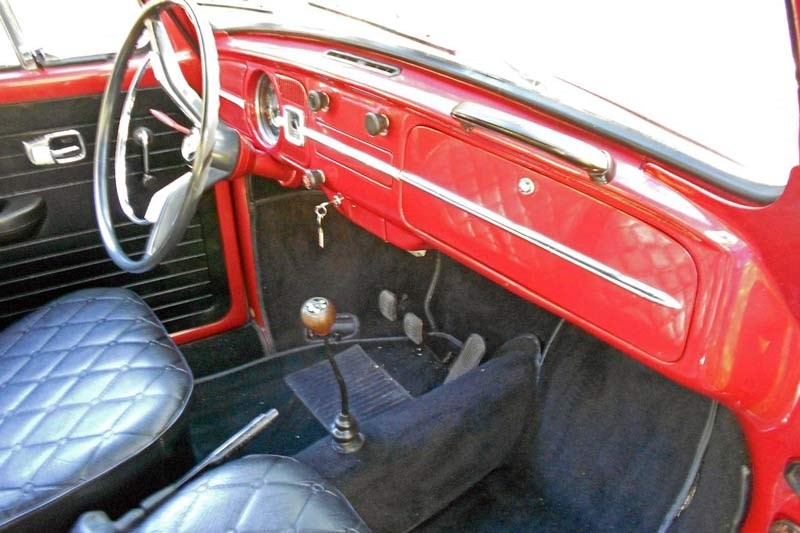 Volkswagen beetle pickup interior