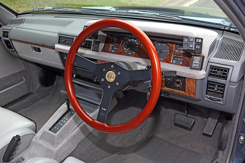 brock hdt director interior dash