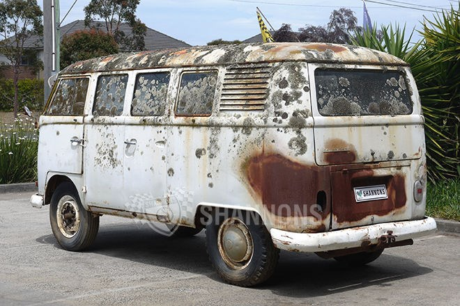 c1964 Volkswagen Kombi Split Window Project. SOLD $29,250