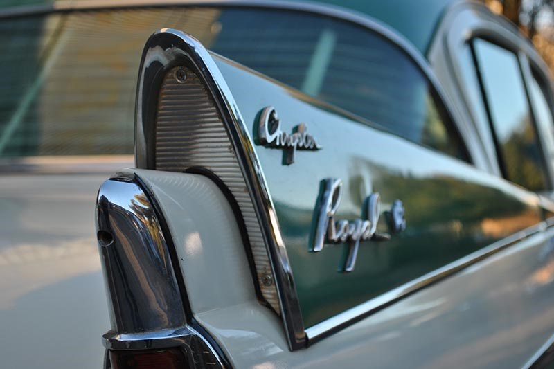chrysler royal fin detail