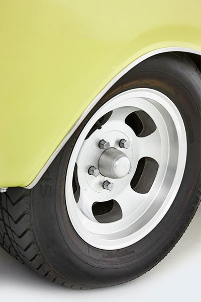 chrysler valiant charger wheel