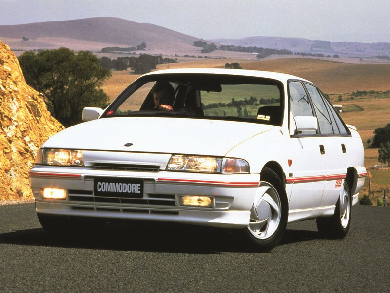 holden commodore 1991 wallpapers 1