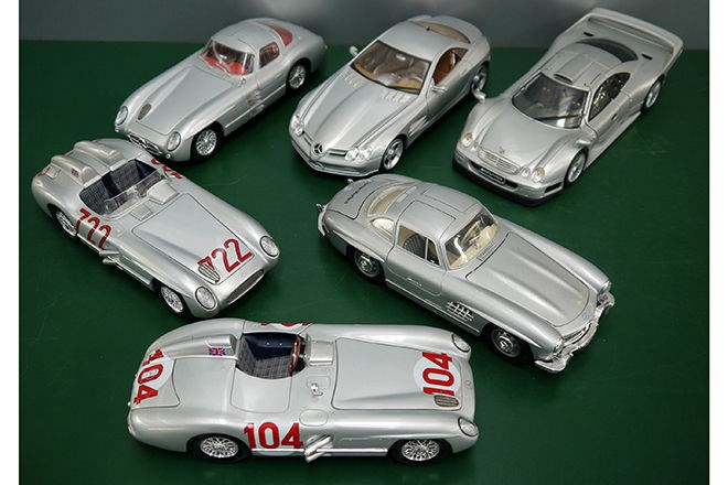 6 x Mercedes-Benz Silver Arrows 1:18 scale model cars. SOLD $504