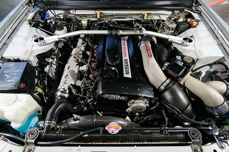 nissan skyline engine