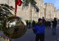 Kaeser makes baubles for royal Christmas tree
