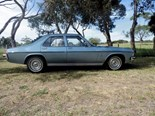 Holden HZ Premier: Reader resto