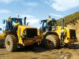 Review: Caterpillar 966H wheel loader
