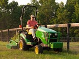 JOHN DEERE'S LINE OF SUBCOMPACT TRACTORS OFFER HIGH-END FEATURES IN AN ECONOMICAL PACKAGE