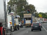 NSW trials traffic lights that give trucks priority