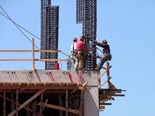 Construction jobs increasing, salaries steady