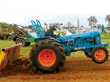 Taranaki Tractorpull: Naki boys come out and play