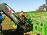 Video: Agriboss fodder beet bucket