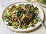 Spicy sprout and mushroom noodles with five-spice