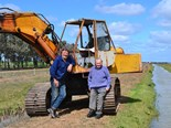 1972 model Atlas 1702 excavator with Nick and John Riley