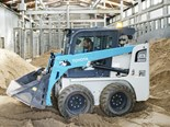 A new Toyota Huski 5SDK8 skid steer loader is the engine behind an enrichment program for the Trail of the Elephants exhibit at Melbourne Zoo.