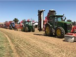 Cowra cockies check out Kuhn machinery