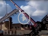 Video: Cranes dropping things and collapsing