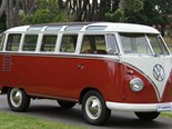 1960 Volkswagen Kombi Samba Bus sold for a record $202,000