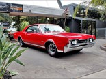 Oldsmobile Cutlass Supreme 4-4-2 - today's tempter