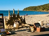Noosa Beach a paradise for those who want to escape the windy ridges of New Zealand