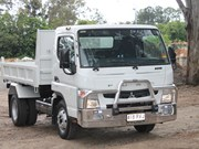 Mitsubishi Fuso Canter 715 truck review