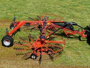 Kuhn releases new semi-mounted central delivery rakes