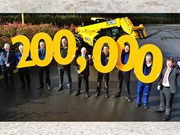 JCB produces 200,000th Loadall