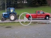 Video Ford 8600 tractor vs Dodge ute
