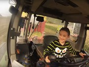Video of the week: 6-year-old brings in the maize